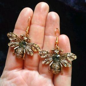 Betsy Johnson Big Dangly Bee Earrings, NEW